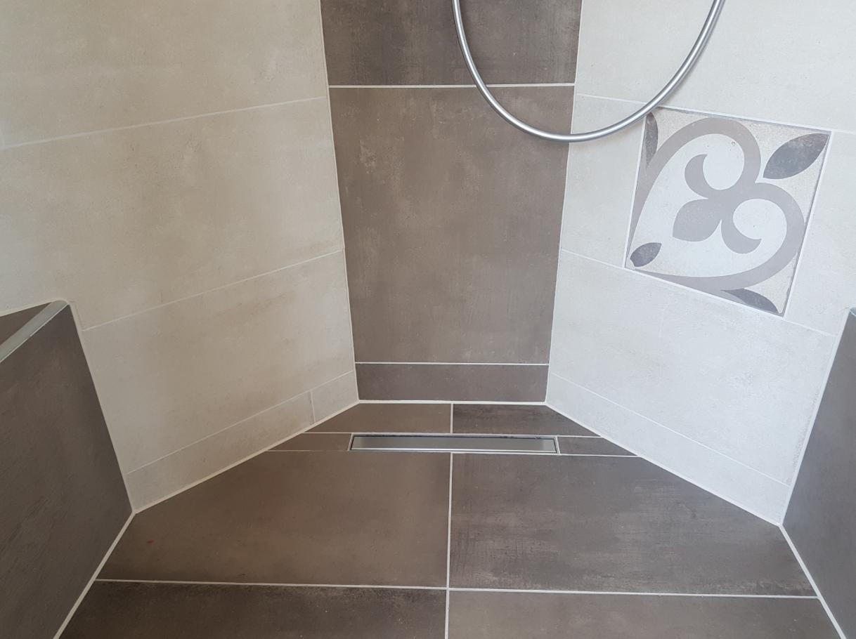 Kitranden badkamer vervangen - Bleijenberg Kitwerken